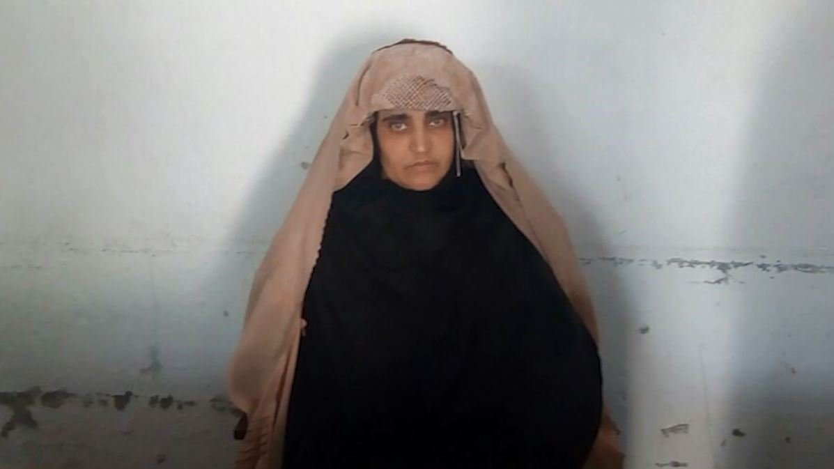 National Geographic's famed ''Afghan Girl'' arrested in Pakistan for forgery