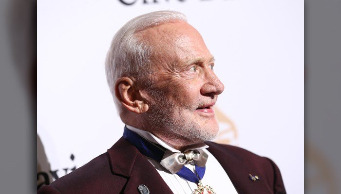 Buzz Aldrin, 2nd to walk on moon, evacuated from South Pole