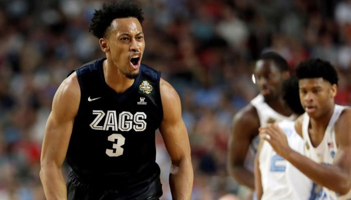 Gonzaga's Johnathan Williams (3) reacts during the first half in the finals of the Final Four NCAA college basketball tournament against North Carolina, Monday, April 3, 2017, in Glendale, Ariz. (AP Photo/Mark Humphrey)