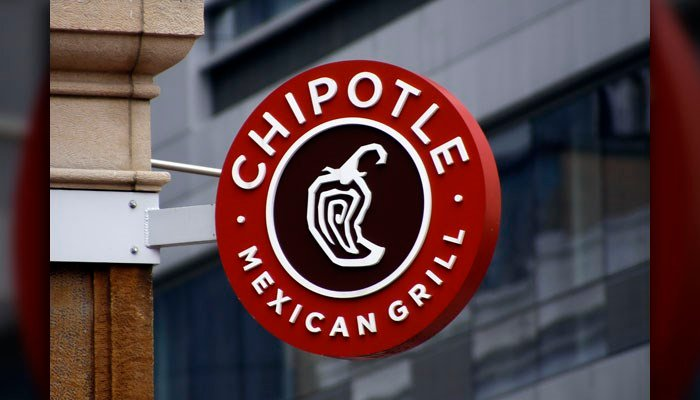 Chipotle warns of data security breach, recommends monitoring card statements