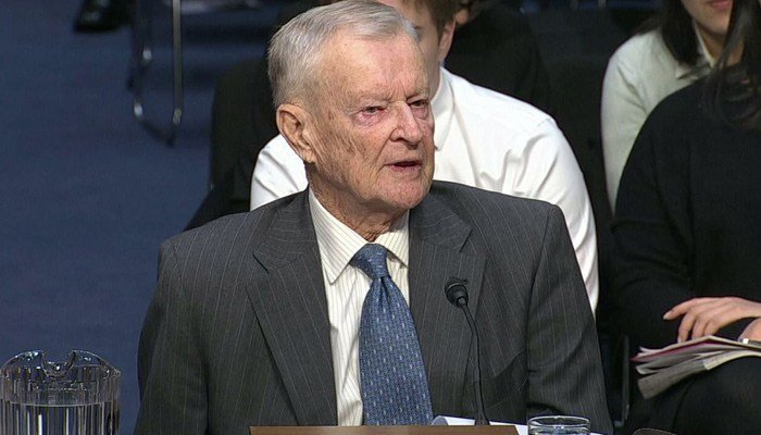 Zbigniew Brzezinski, President Carter's national security adviser, received a dreaded 3 a.m. phone call, reporting the U.S. was under nuclear attack. (Source: CNN)