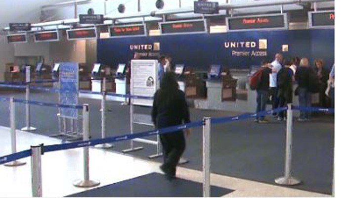 Violinist: United wouldn't let her board with instrument