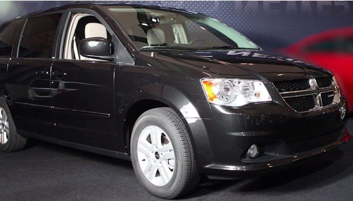 The automaker is recalling roughly 300,000 of its 2011 and 2012 Dodge Grand Caravans. (Source: CNN)