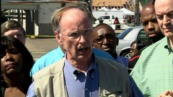Alabama Gov. Robert Bentley tours the damage in Tuscaloosa, AL. (Source: WAFF)