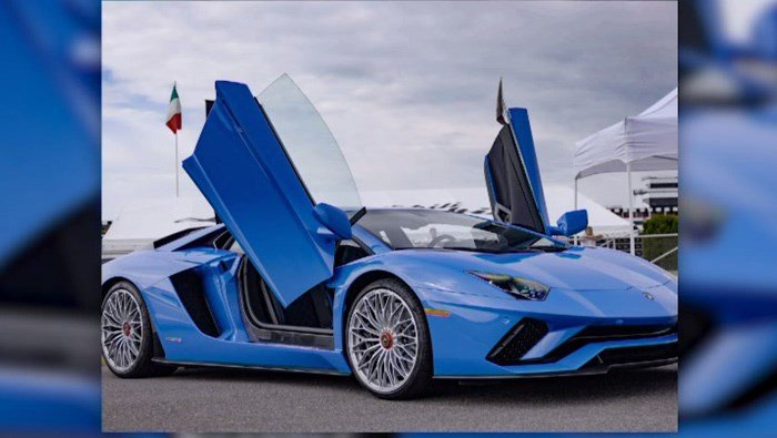'Ego' is not an insult to the driver, it's a new operating mode. Lamborghinis typically come with pre-set modes for street, track and sport driving. (Source: CNNMoney/CNN)