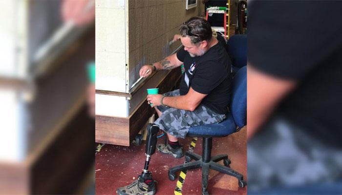 A couple in Oklahoma is helping build homes for homeless veterans. (Source: KJRH/CNN)