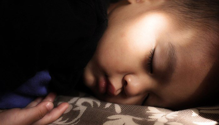 Do you have regular bedtimes for your kids? (Source: Pixabay)