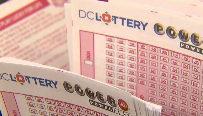 Here's your big chance. It's a 1-in-300 million shot, but somebody's got to win, right? (Source: CNN)
