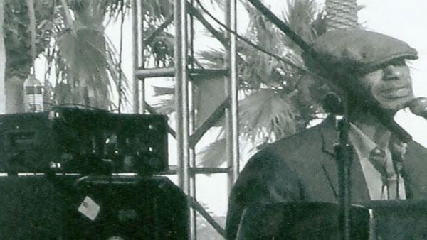 Musician Gil Scott-Heron dies. (Source CNN)