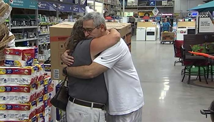 Fla. man gets free generator after giving away last one in store