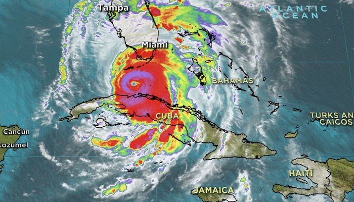 Hurricane Irma, once again a Category 4 storm, is forecast to make landfall at Key West, FL. (Source: CNN)