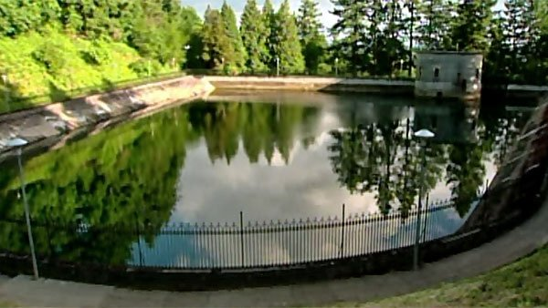 Last month the Portland city council approved an $80 million contract to build an underground tank reservoir to replace this open air storage at Mount Tabor. (Source: KGW/CNN)