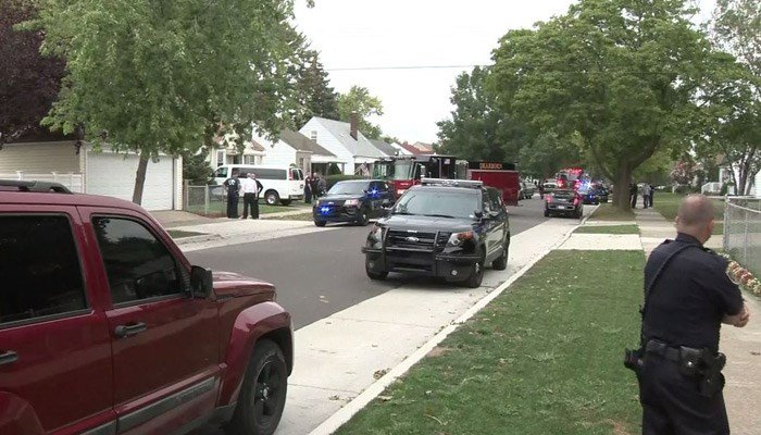Toddler shoots 3-year-olds at MI day care