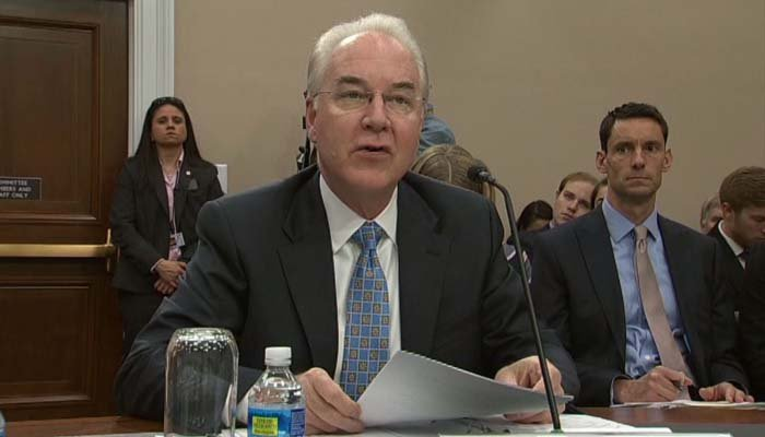 Tom Price was under scrutiny for chartering private jets at taxpayer expense. (Source: Pool via CNN)