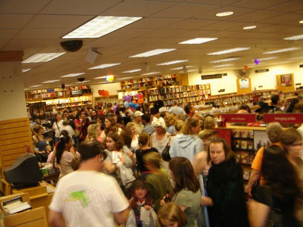 A book release party for the seventh book in the Harry Potter series, Harry Potter and the Deathly Hallows, in Richfield, MN in 2007. (Source: quaziefoto/Flickr)