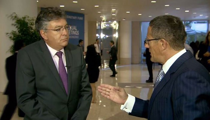 Colombia's finance minister says the Venezuelan economic crisis is impacting the region. (Source: CNN)