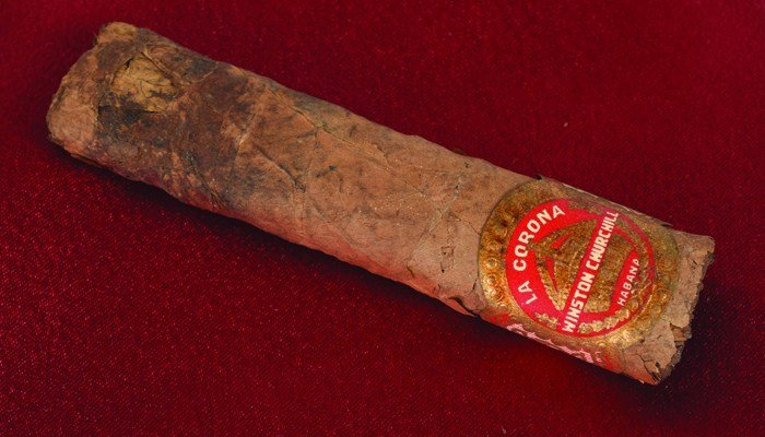 The cigar smoked by Churchill still has the label on it after 70 years. (Source: AP/RR Auction)