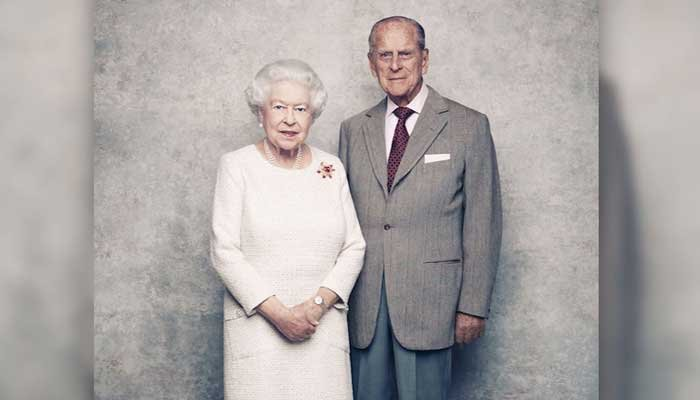 The Queen and Prince Philip pose for 70th wedding anniversary portraits