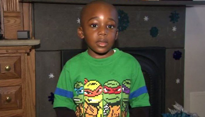 Boy, 4, reads 100 books in one day