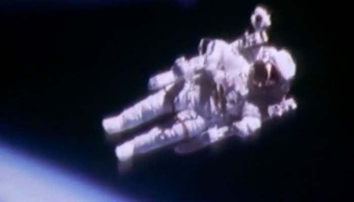 Bruce McCandless floating alongside space shuttle Challenger. (Source: NASA via CNN)