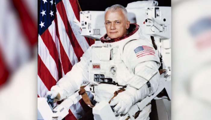 Bruce McCandless spent hundreds of hours in space, but it is one particular spacewalk that he is known for. (Source: NASA via CNN)