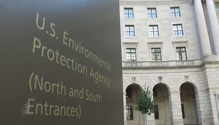 Several Northeast states want the EPA to impose tougher controls on nine other states, mostly in the Midwest. (Source: CNN)