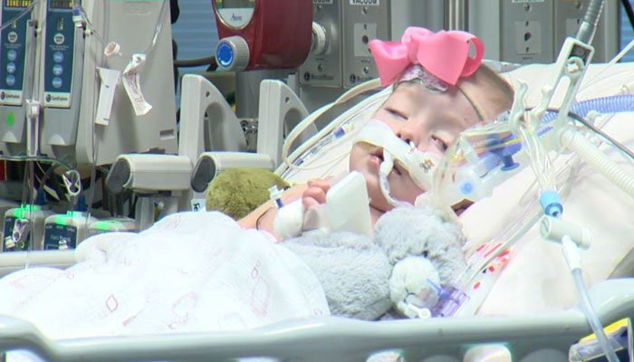 The little girl is one of about 40,000 babies born with congenital heart disease or CHD each year in the US. (Source: WKRN/CNN)