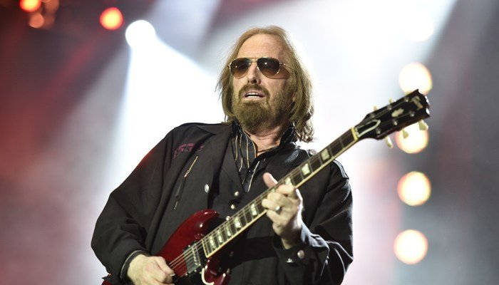 Tom Petty and the Heartbreakers perform on the 40th Anniversary Tour at Wrigley Field on Thursday