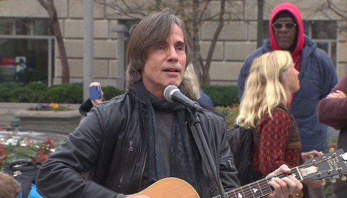 Jackson Browne is holding a concert in Orlando on Tuesday. Police said they will increase their presence in light of the threats. (Source: CNN)
