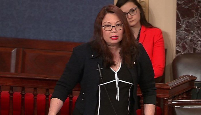 Duckworth to be first sitting United States senator to give birth