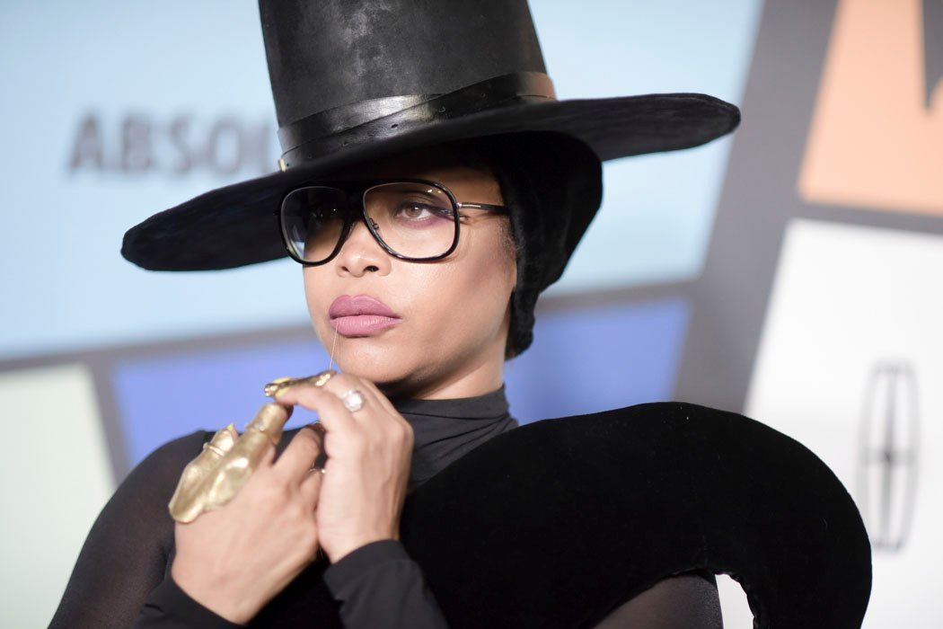 The singer/songwriter says she can see both the good and the bad in everyone. (Source: Richard Shotwell/Invision/AP)