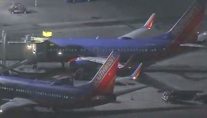 Man Arrested After Running On Los Angeles Airport Runway