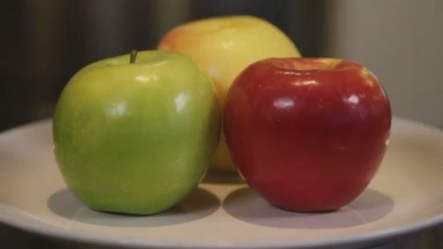 Fruit is your friend and a healthy alternative to sweets. (Source: CNN)
