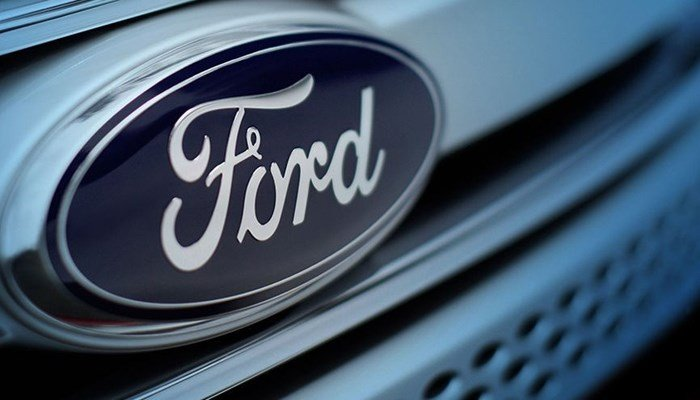 The steering wheel can come loose from the steering column on some Fords. (Source: Ford Motor Co.)