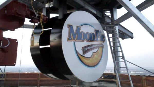 The giant LED MoonPie weights a total of 600 pounds. (Source: WSFA)