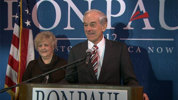 Texas Representative Ron Paul talks to supporters in West Columbia, SC on Jan. 11. (Source: CNN)