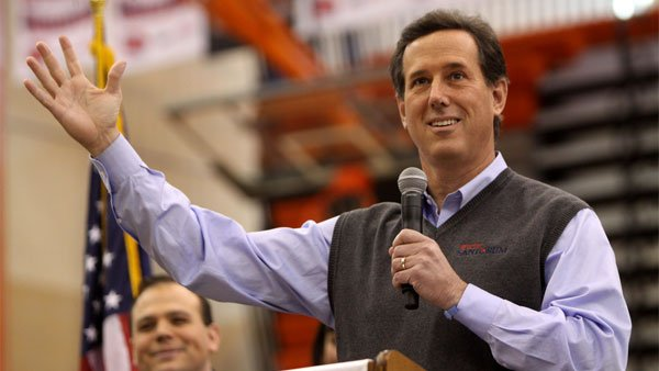 Former Pennsylvania Senator Rick Santorum speaks to students at Valley High School in West Des Moines, IA, on Jan. 3. (Source: Gage Skidmore/flickr)