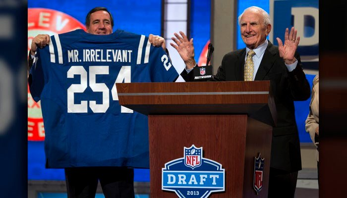 (AP Photo/Craig Ruttle) Former NFL receiver Paul Salata, right, announces the 254th overall pick of the NFL Draft, Saturday, April 27, 2013 at Radio City Music Hall in New York.