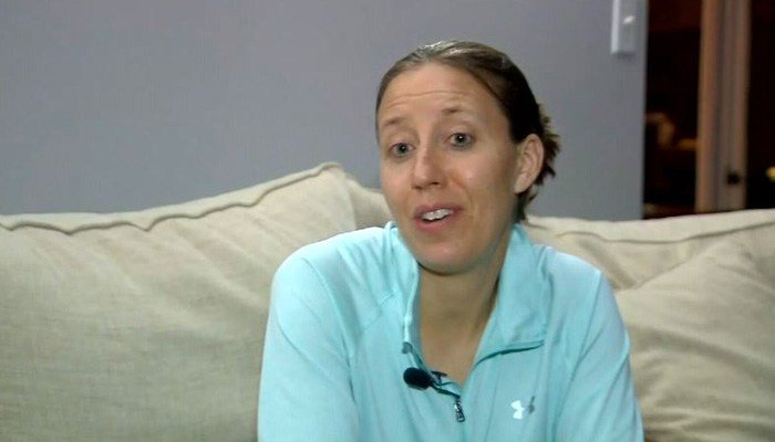 Lindsay Gottlieb is the women's basketball coach at UC Berkeley. (Source: KPIX/CNN)
