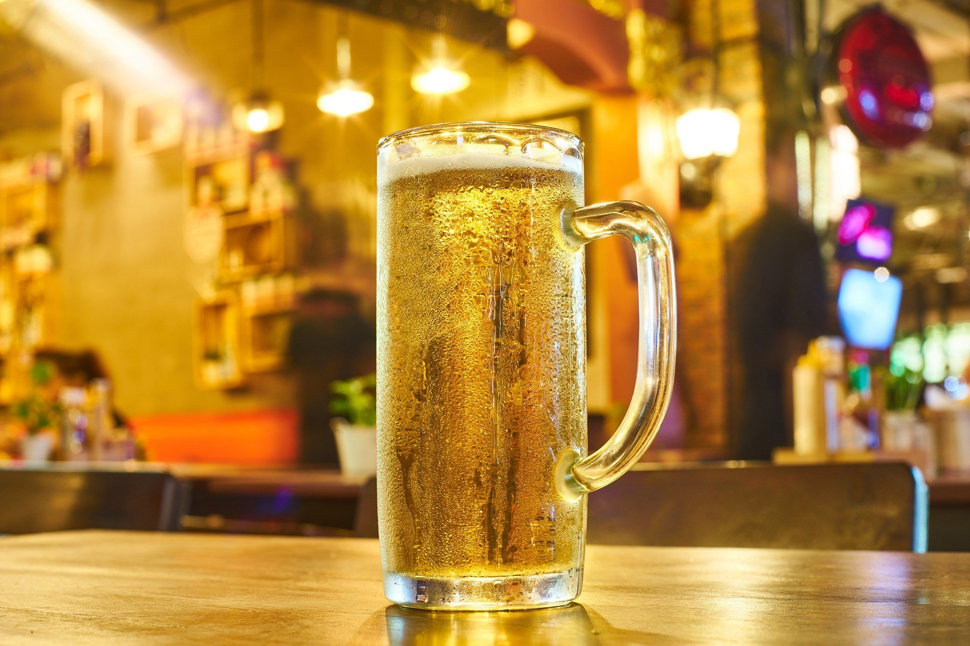 Restaurants and bars in Moscow told Reuters the influx of fans have nearly drained their supply and it is taking longer than usual to restock. (Source: Pixabay)
