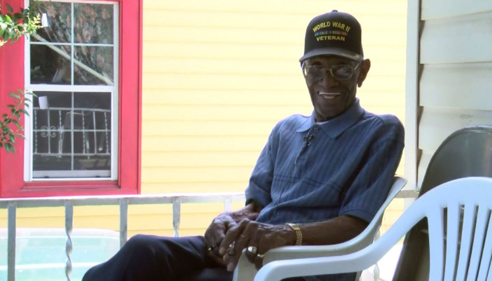 Identity thief drains funds of 112-year-old WWII vet