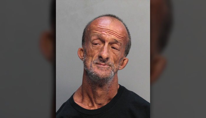 Florida Man With No Arms Arrested For Stabbing Tourist