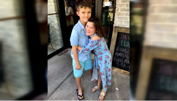 It was the first time Carter Gray, 9, and sister Etta Gray, 7, had flown alone. (Source: WGCL/CNN)