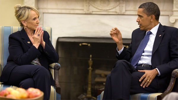 President Barack Obama meets with Arizona Gov. Jan Brewer in the Oval Office on June 3, 2010. (Source: Pete Souza/White House)