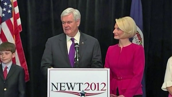 Newt Gingrich announces the end of his campaign for the GOP presidential nomination while his wife Callista looks on. (Source: CNN)
