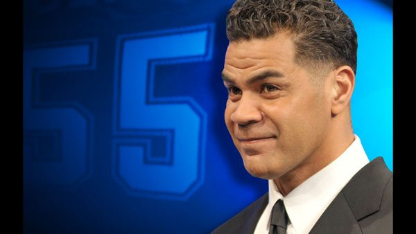 Junior Seau played for the San Diego Chargers, the Miami Dolphins and the New England Patriots.