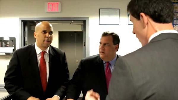Newark NJ Mayor Cory Booker and Gov. Christie spoof their public personas in a YouTube video. (Source: Gov. Christie/YouTube)