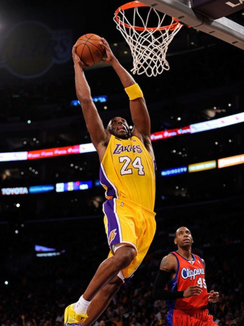 Kobe Bryant (24) hopes to lead his Los Angeles Lakers to the NBA Finals and win his sixth championship ring. (Source: Stefanoaica Ionut/flickr)