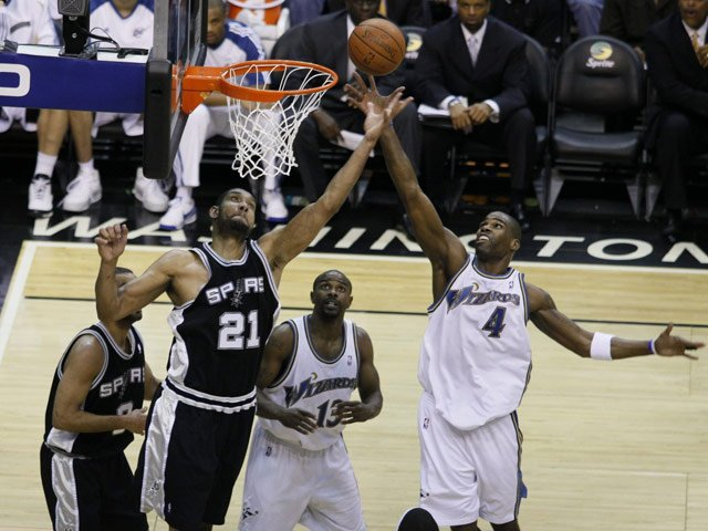 Tim Duncan (21) and the Spurs will try to keep the up-and-comers from making the NBA Finals. (Source: Keith Allison/flickr)
