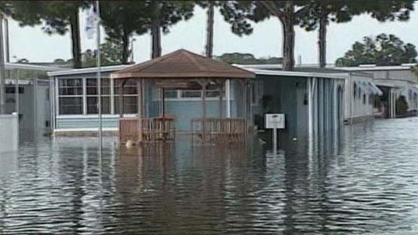 Major flooding is expected to continue throughout Florida, with some areas potentially seeing accumulations of up to 25 inches. (Source: Bay News 9/CNN)